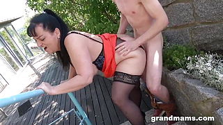 I Fucked a Fat Granny in the Park