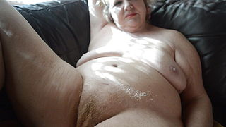 Goldenpussy 81, home